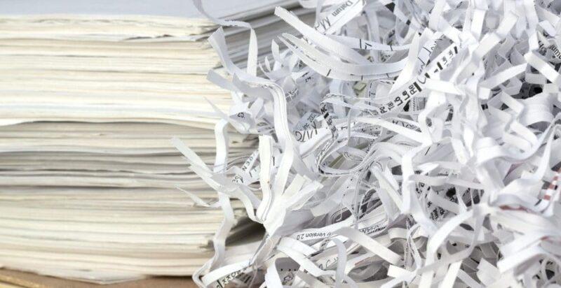 Destructeur de document coupe droite ou croisée