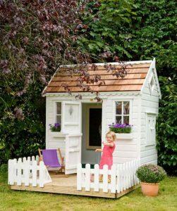 Aménager-la-cabane-de-jardin-de-son-enfant