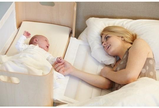 Comment être vigilant à la sécurité de bébé lors d'un cododo